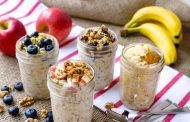 A Simple Overnight Oats Recipe with 5 Flavor Ideas