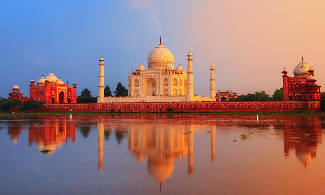 9 brutally honest tips for traveling India.